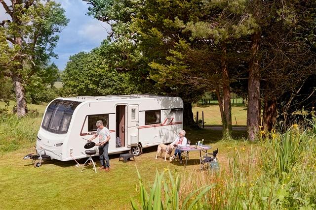 couple living in a caravan